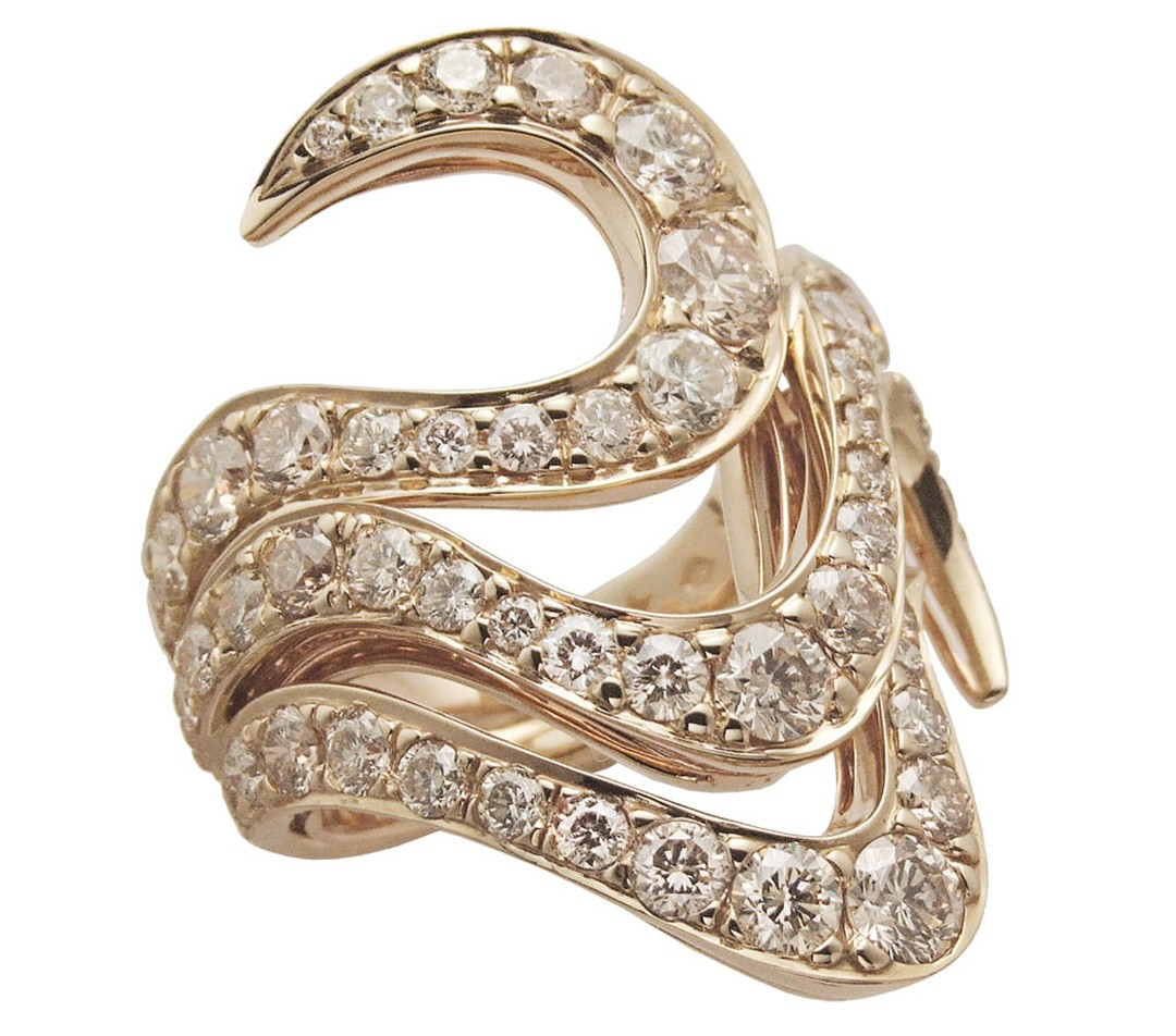 H-Stern-Ring-in-yellow-and-rose-gold-with-diamonds
