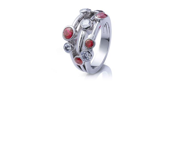 Boodles-Raindance-Ring-Zoom