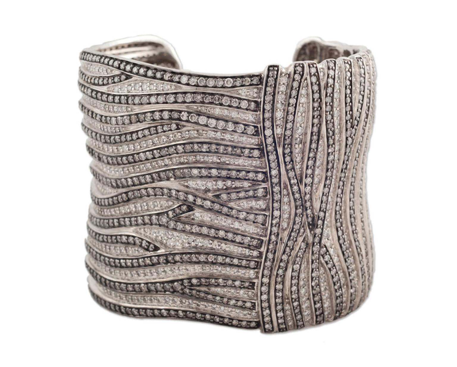 Argyle-Designed-by-Vijayshree--Sovani_manufactured-by-Interjewel-this-marvelous-28-cts-Silvermist--diamond-cuff-is-a-unique-design-set-in-sterling-silver-It-was-worn-by--Tabatha-Coffey-at-the-2012-Oscars