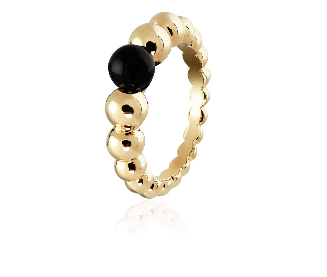 VCA-Perlee-Ring-Onyx-Zoom