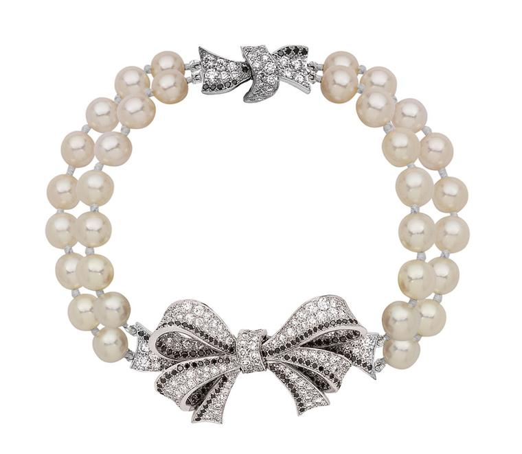 Chanel Boucles de Came´lia bracelet in white gold, black and white diamonds and white akoya pearls