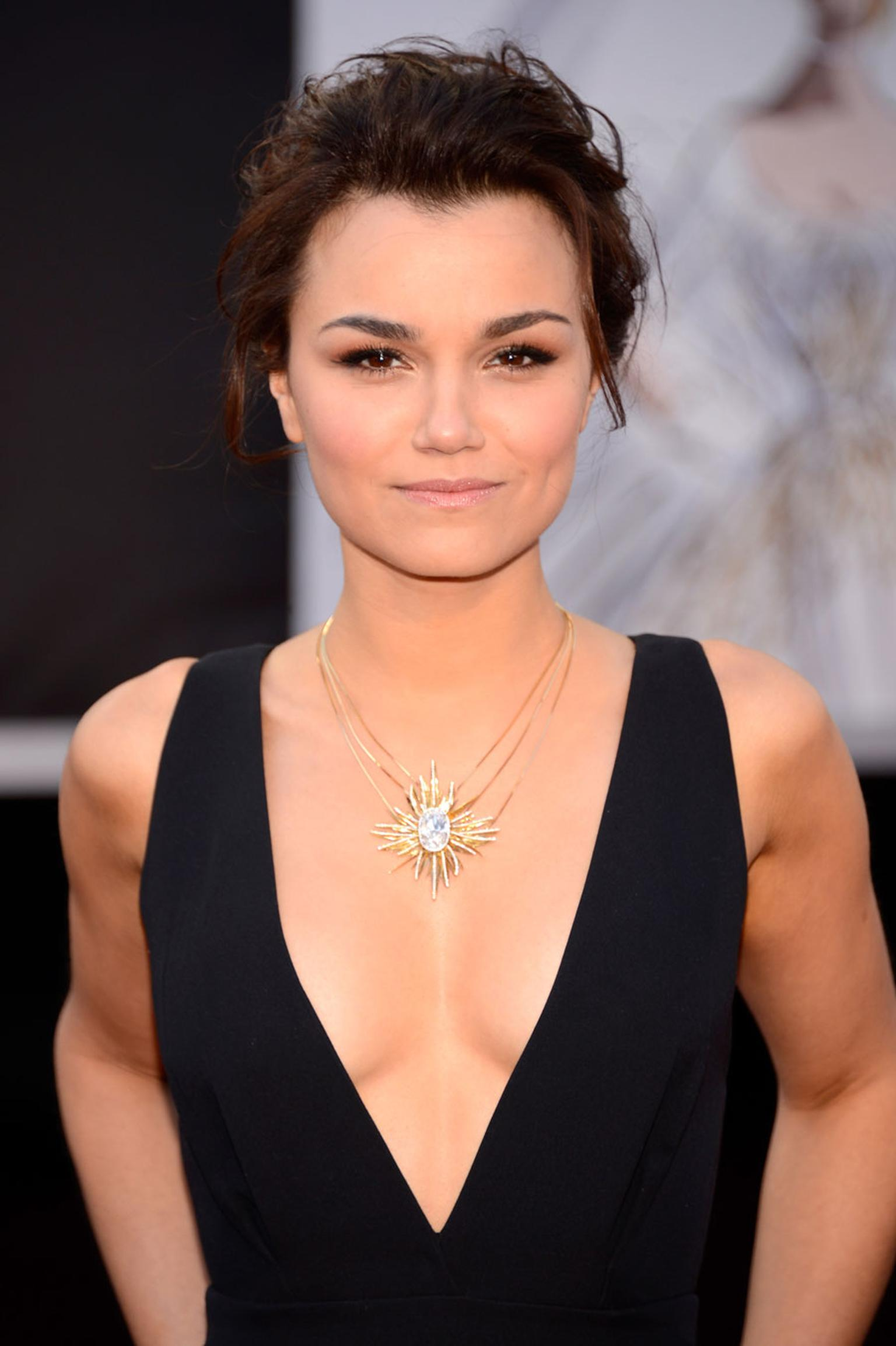Samantha Barks Nude Photos 19