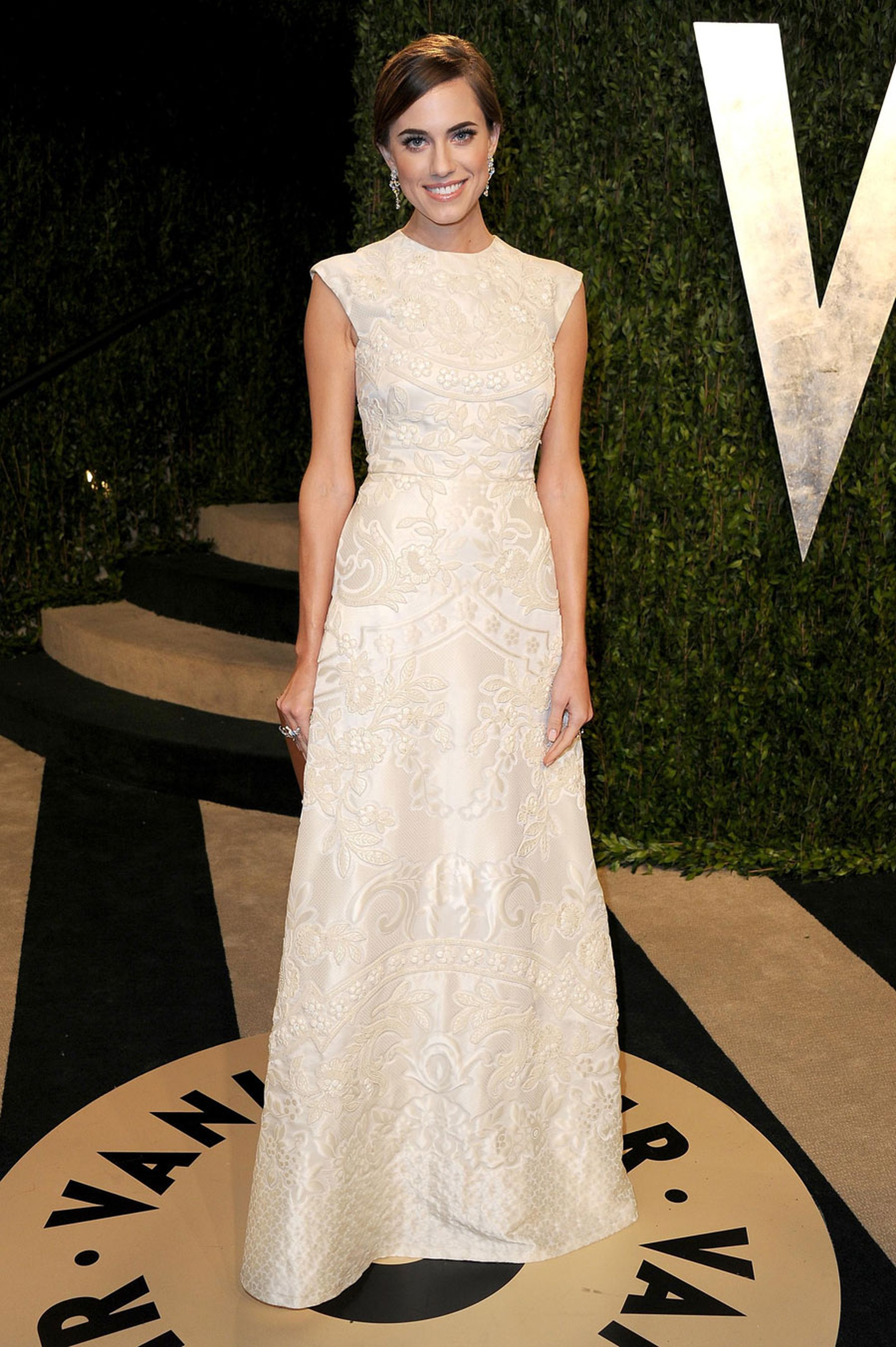 Allison-Williams---Van-Cleef-and-Arpels---Photo-by-Pascal-Le-Segretain-Getty-Images-162607403.jpg