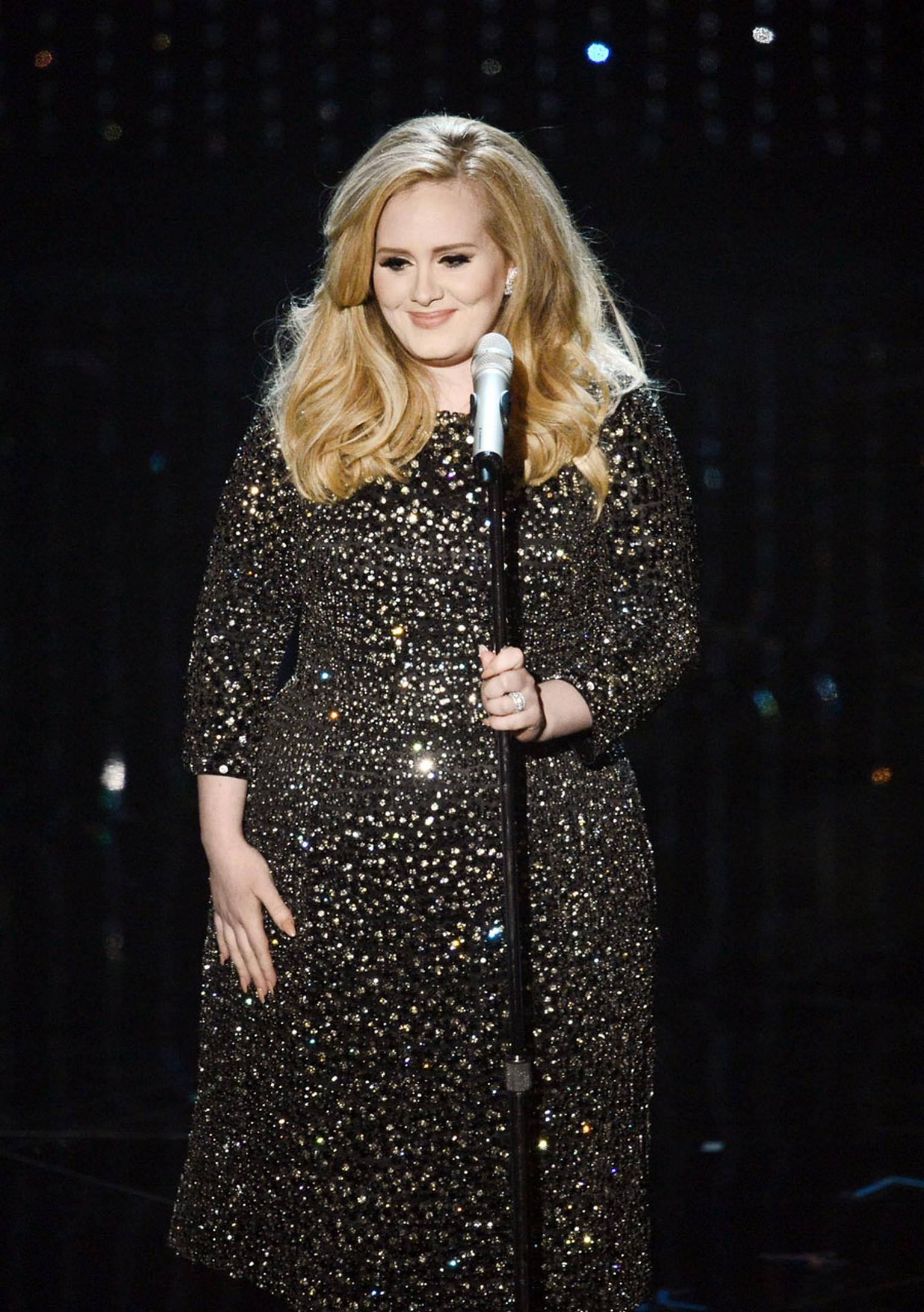 Adele---Van-Cleef-and-Arpels---Photo-by--Kevin-Winter-162588