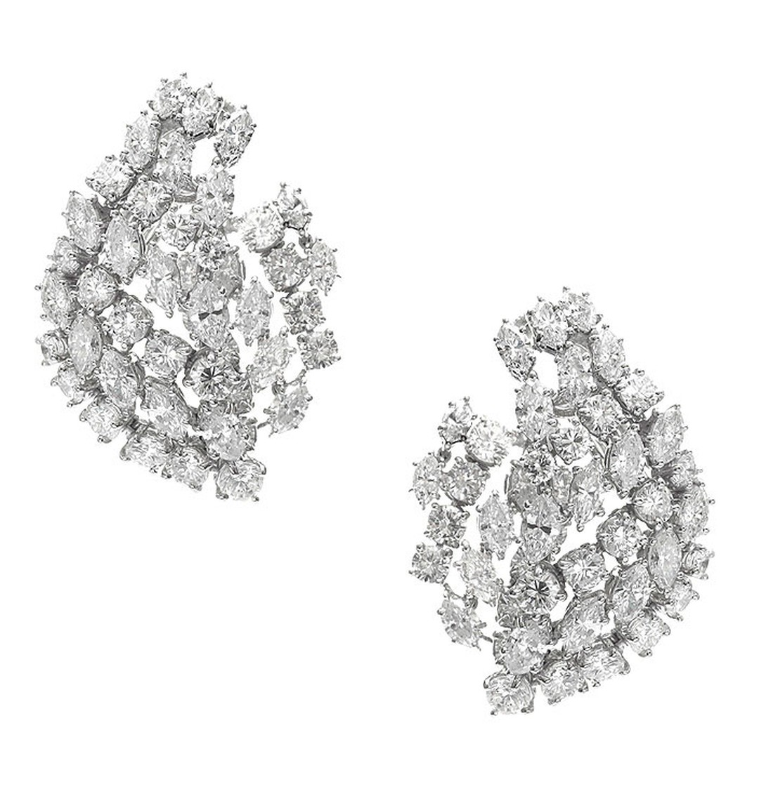 Harry-Winston-vintage-1969-earrings-set-with-diamonds-totalling-10ct