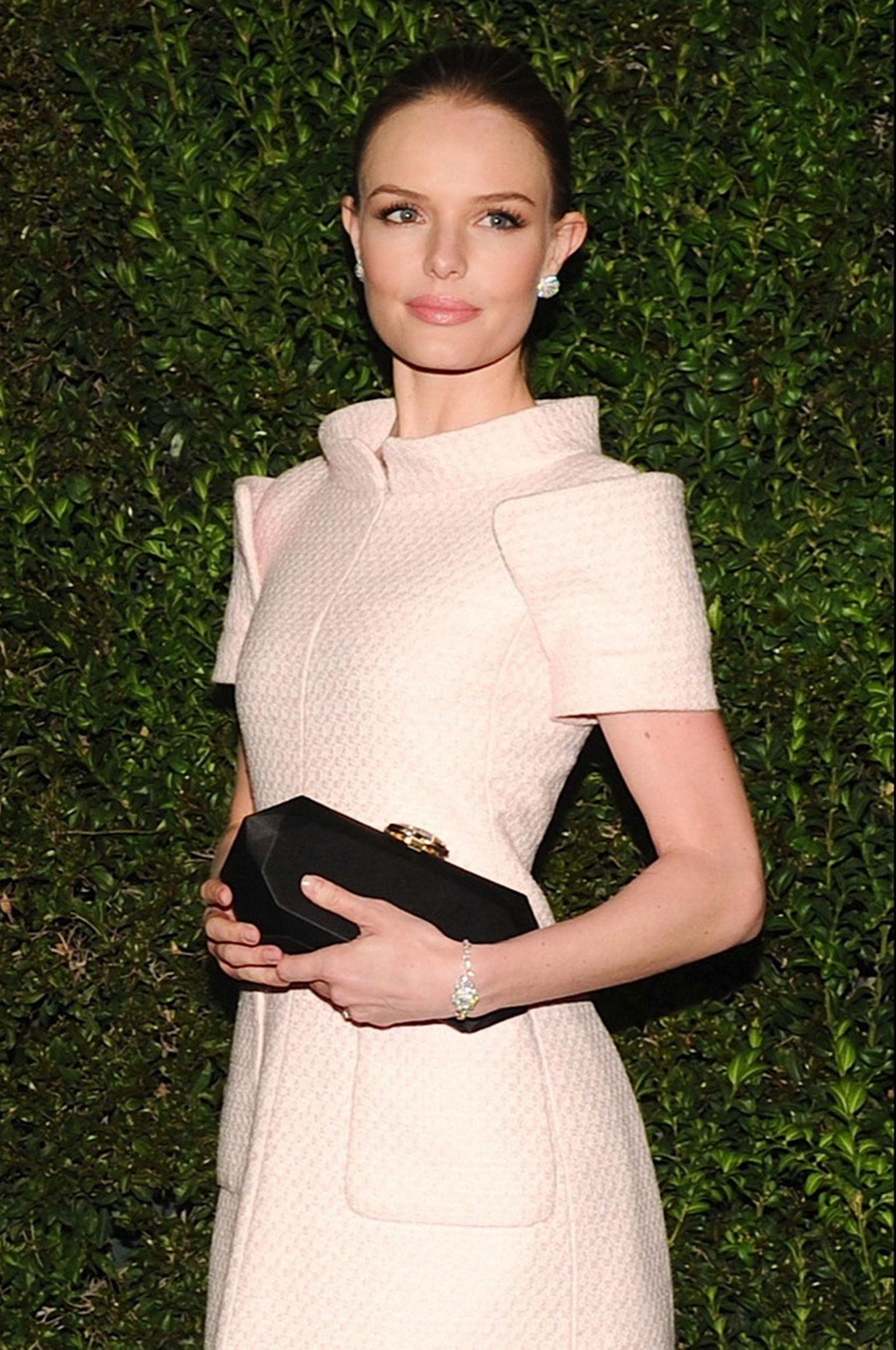 Kate-Bosworth-Chanel-and-Charles-Finch-Oscars-Dinner-23-fevrier-2013.jpg