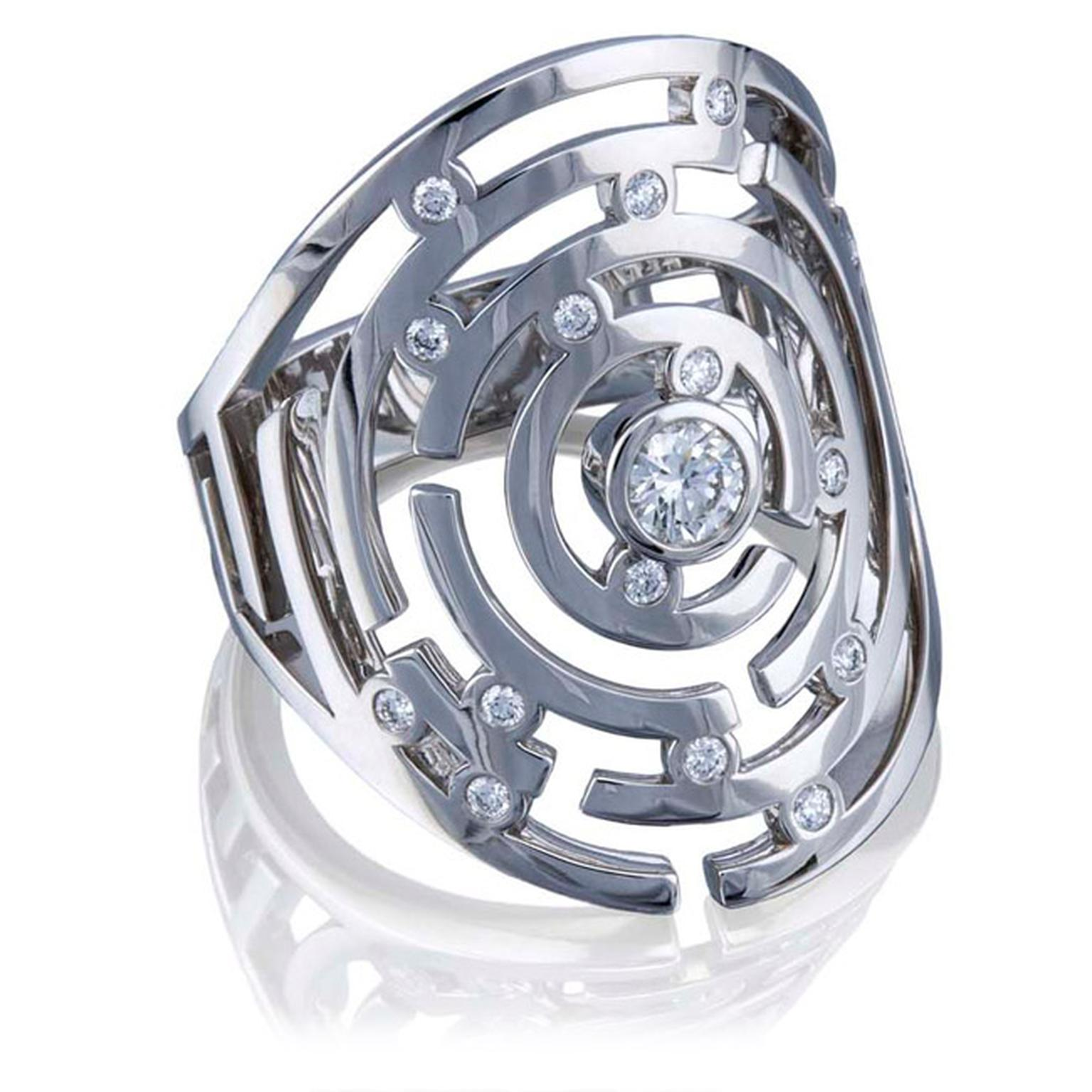 Boodles-Maze-WG-Ring-Main