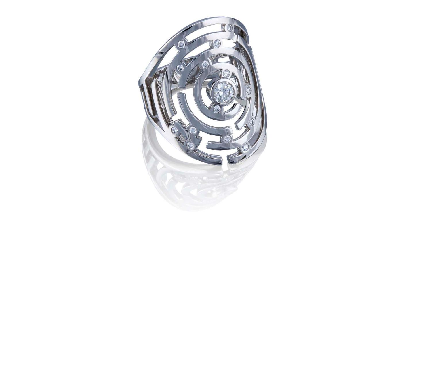 Boodles-Maze-WG-Ring-zoom