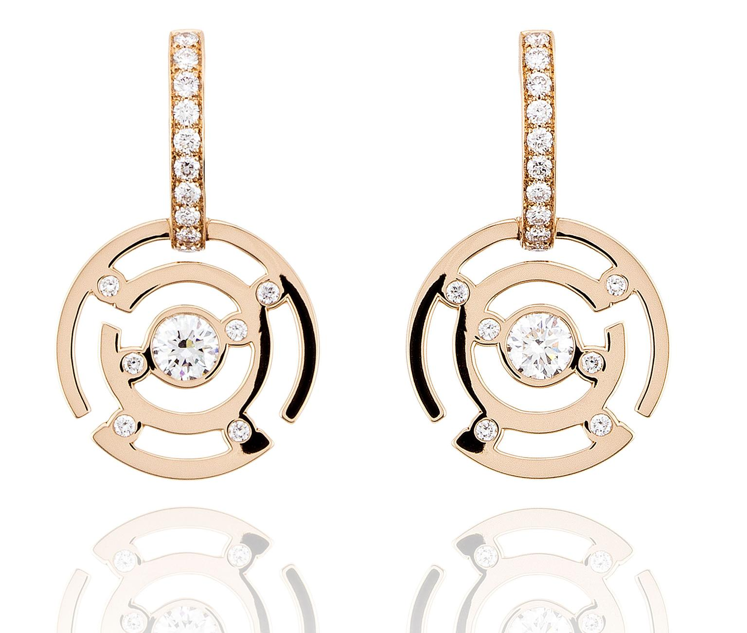 Boodles-Maze-RG-Earrings-zoom