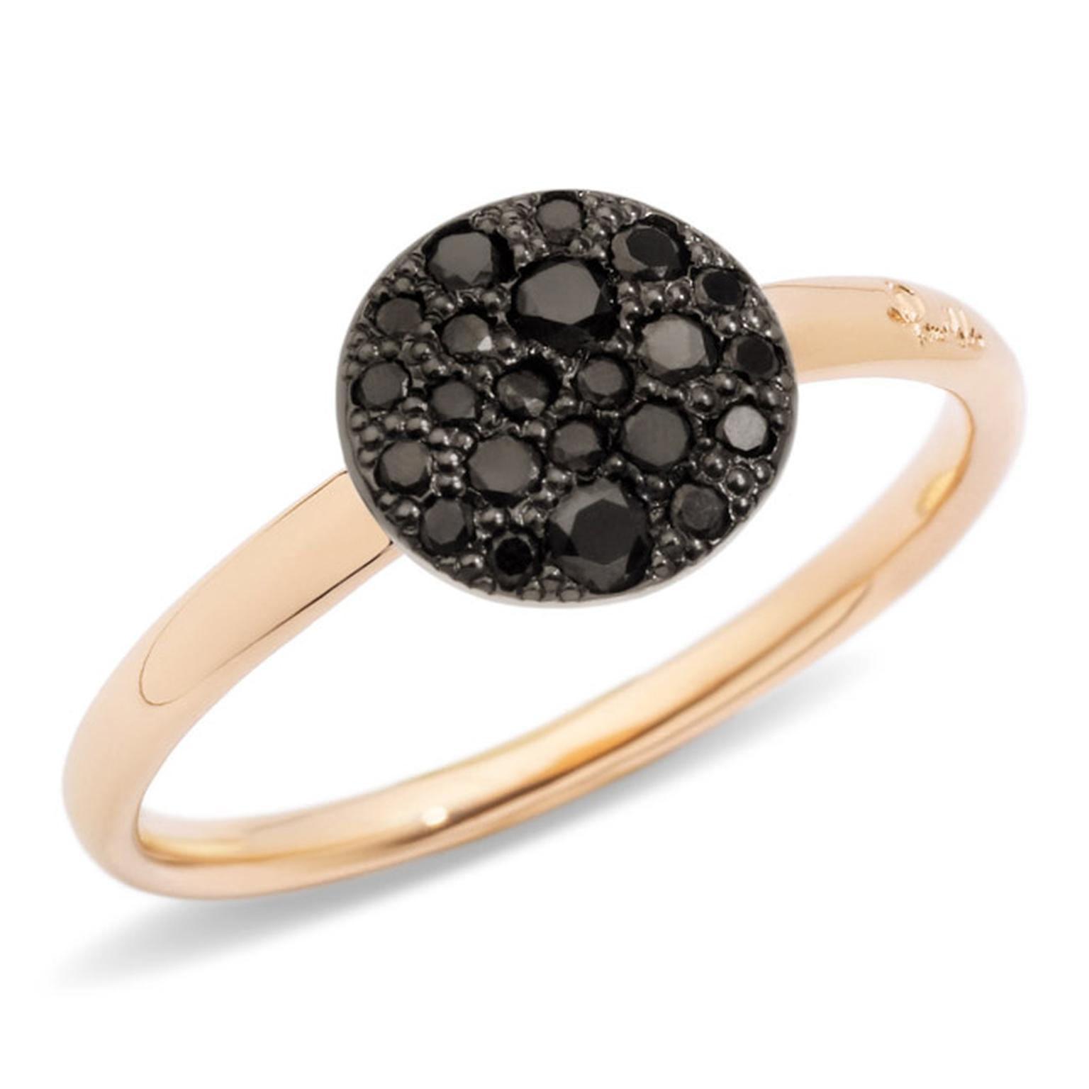 Pomellato-Sabbia-Black-Diamond-Ring-Main