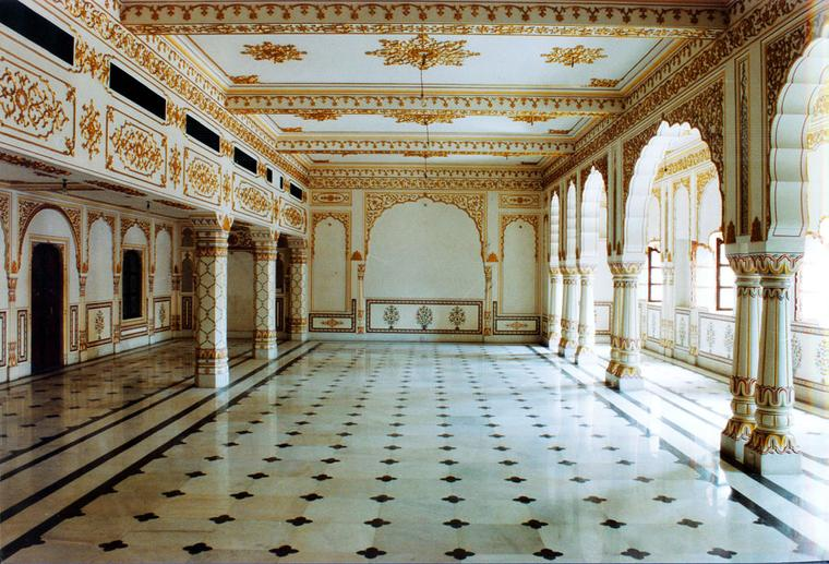 Gem-Palace-Museum-Hall-1