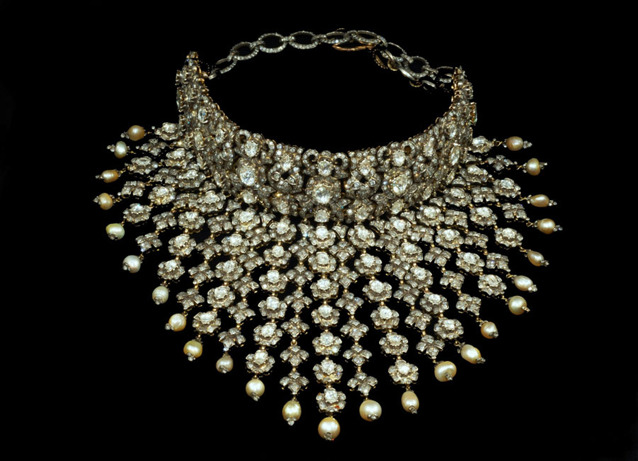 Gem-Palace-Diam-Necklace