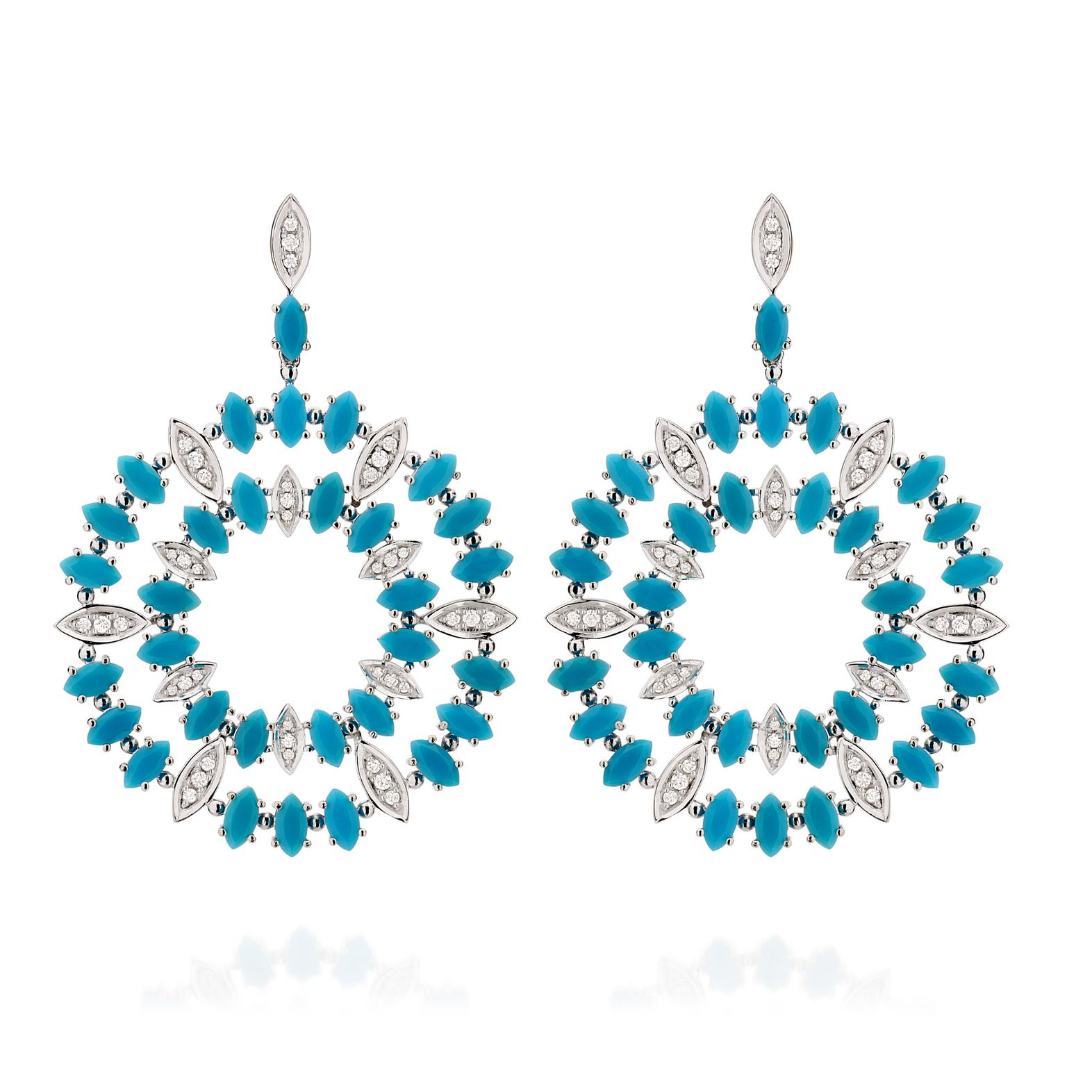 Carla-Amorim-Aquario-earrings-Zoom