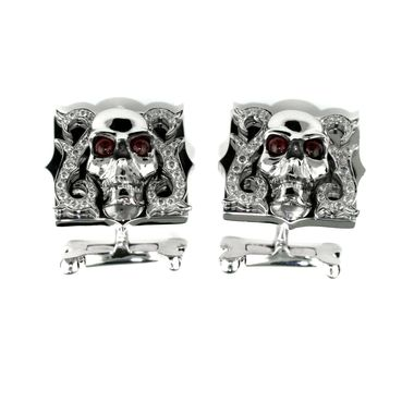 Stephen-Webster-Skull-Cufflinks-Zoom