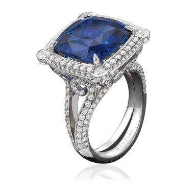 Boodles-Vintage-Engagement-Ring-Zoom