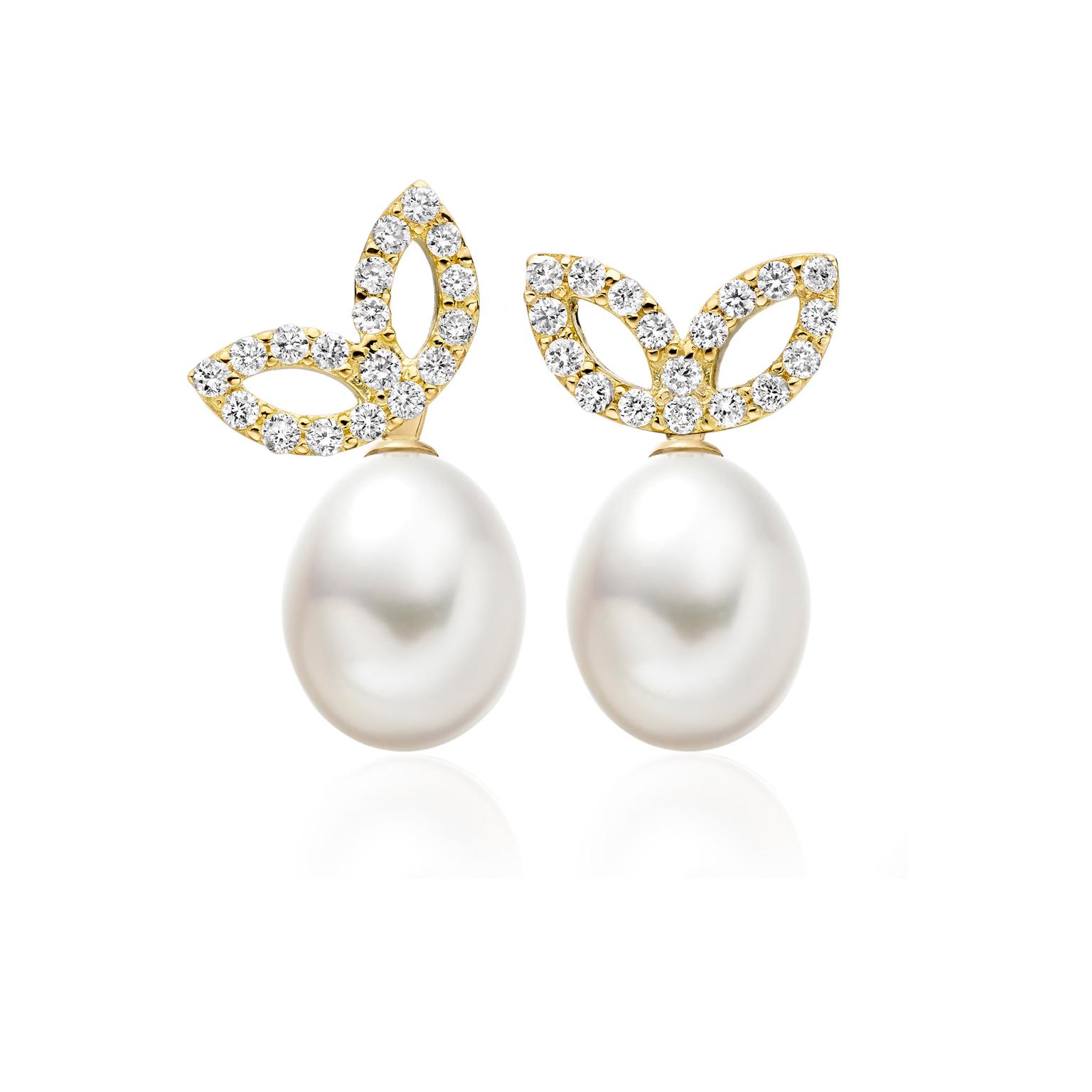 Winterson-Pearl-Leaf-Earrings-zoom