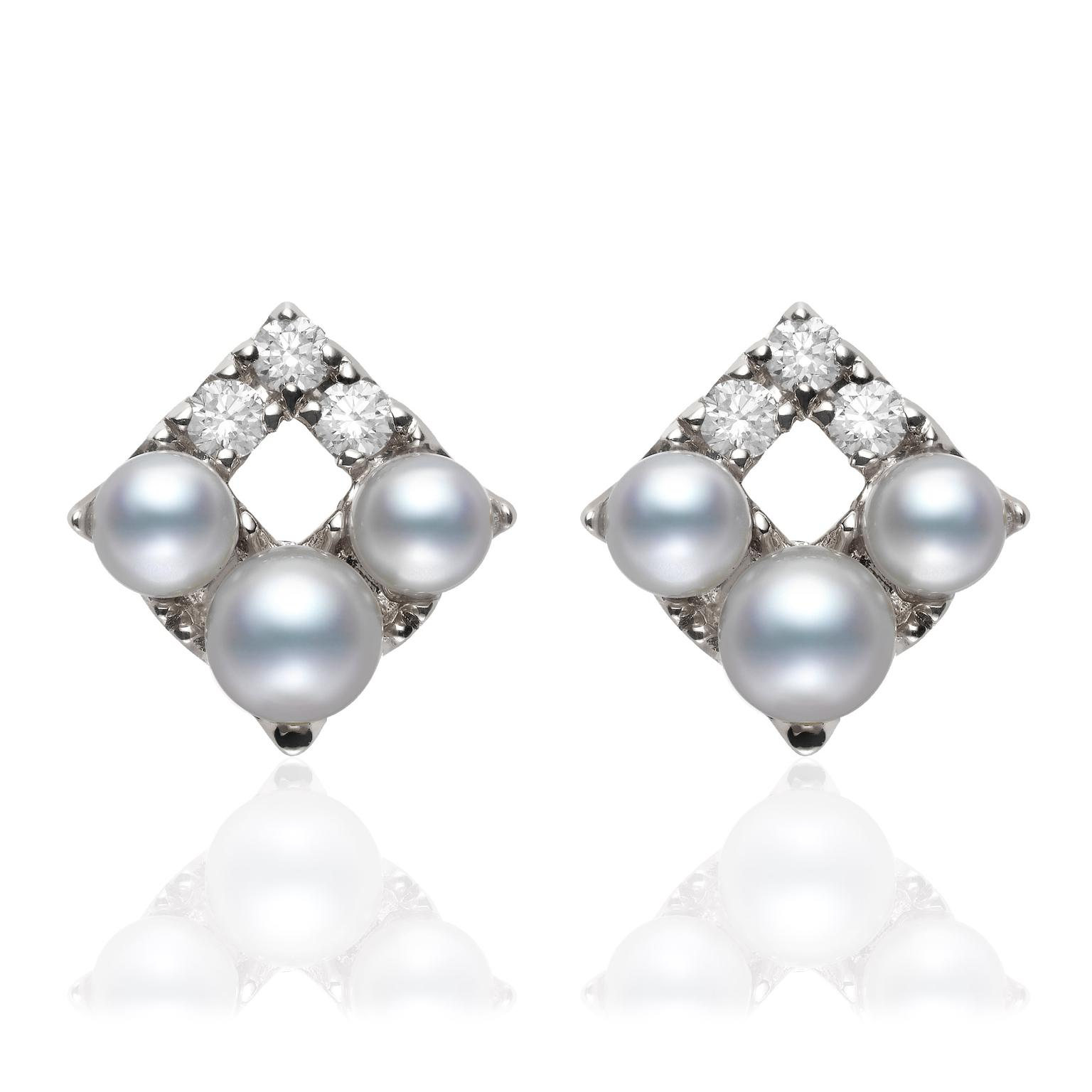 Mikomoto-Snowflake-Earrings-zoom