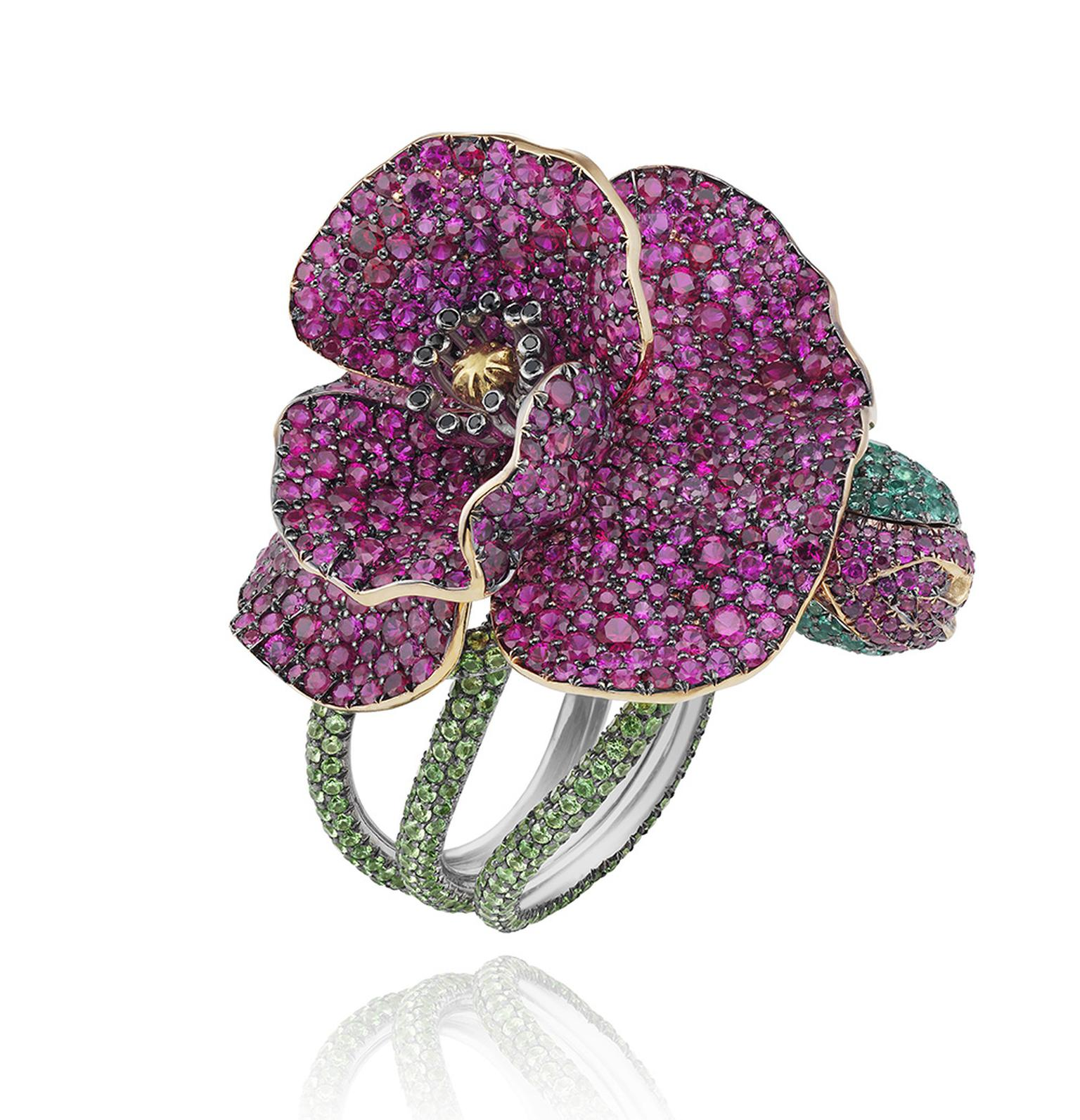 CHOPARDFlowerRingRedCarpetCollection2013.jpg