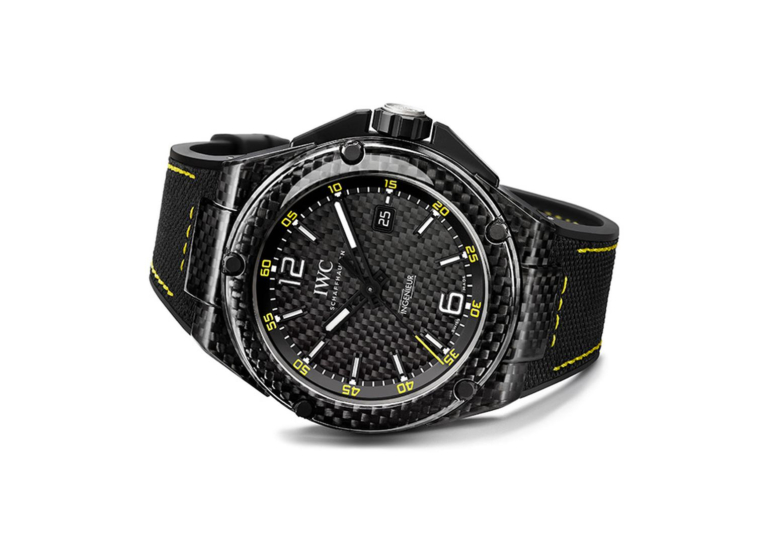 07IWCIngenieurAUTOMATIC-CARBON-PERFORMANCE.jpg
