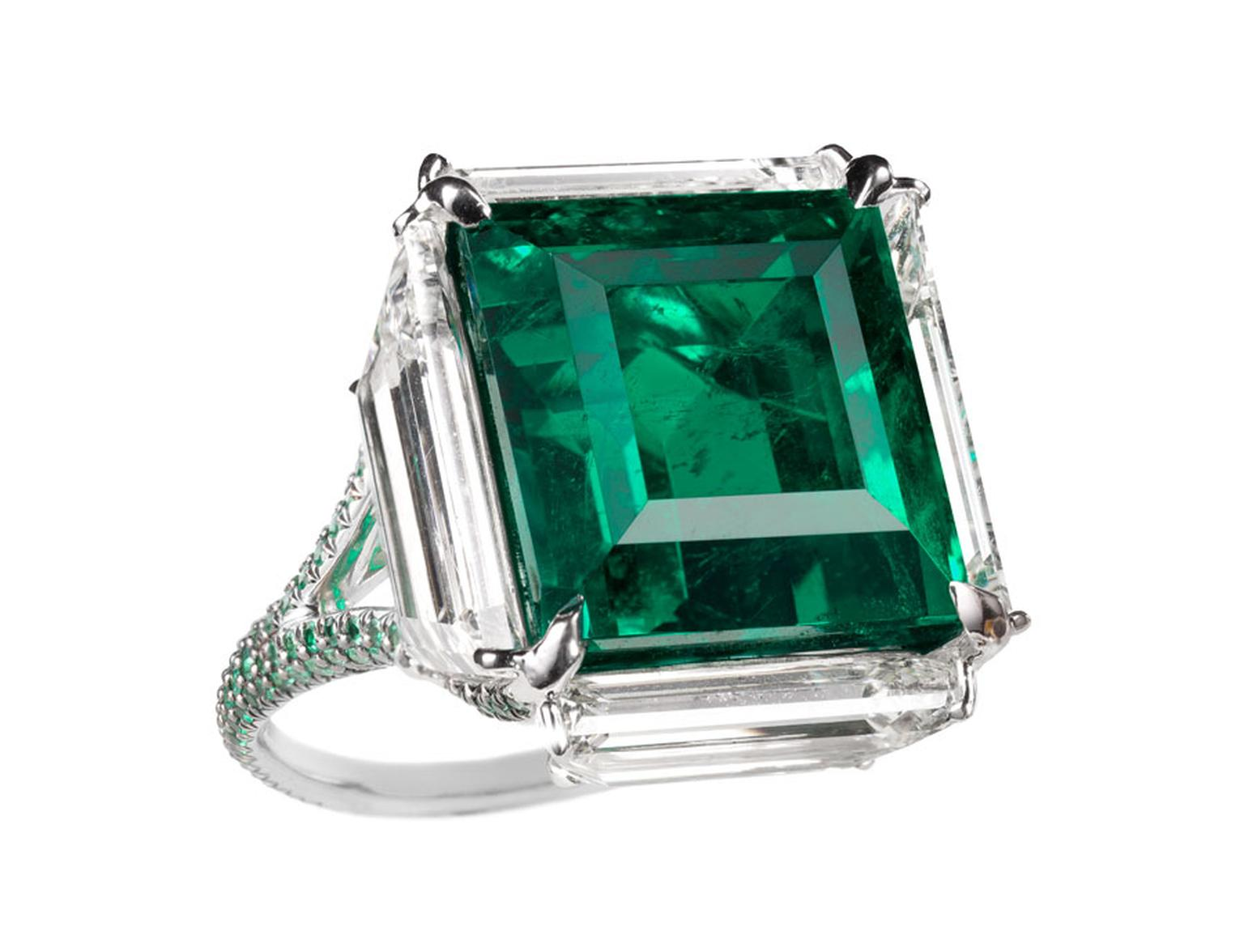 MPL-2013-BOGH-ART-Colombian-Emerald-surrounded-by-diamonds