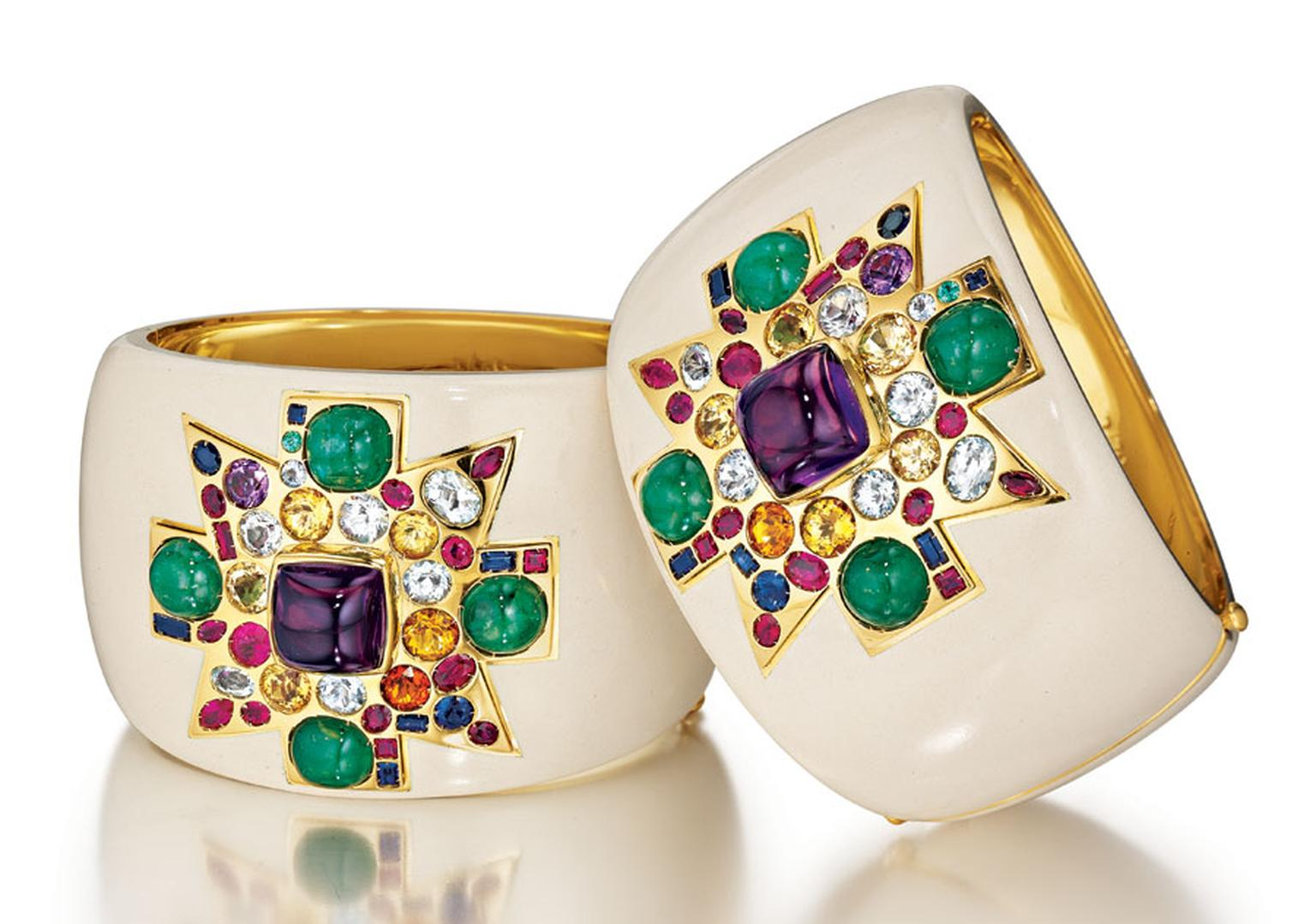 MPL-2013-Verdura-Coco-Chanels-Original-Maltese-Cross-Cuffsc
