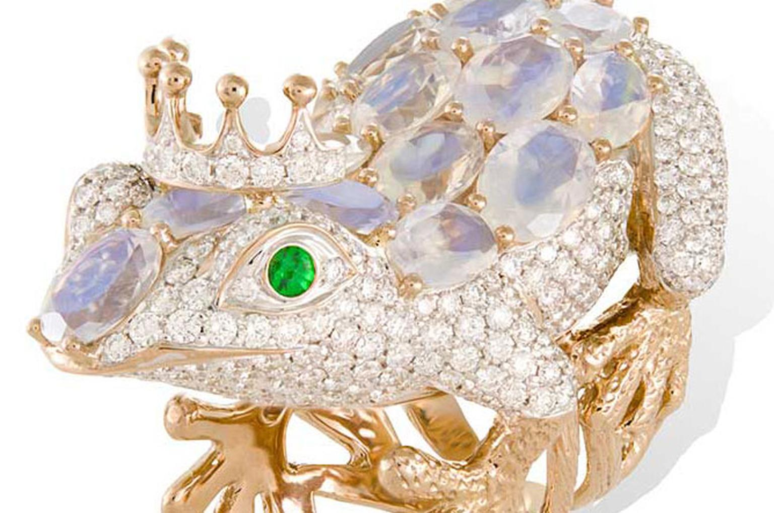 Lydia Courteille Frog ring