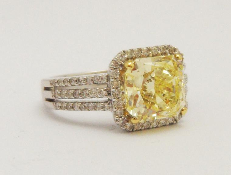 AntheaAGyellowdiamondring