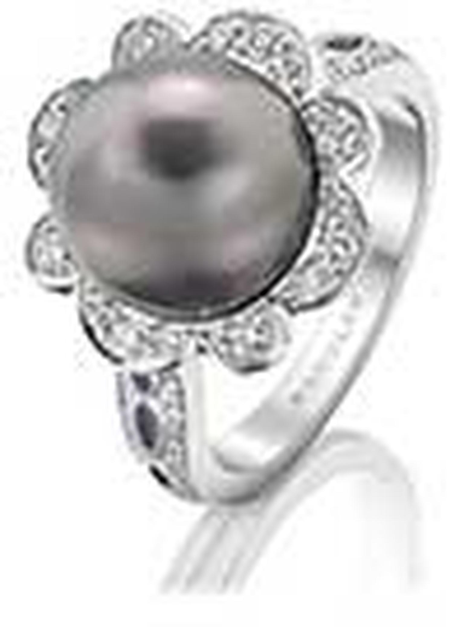 Boodles -pearl -ring