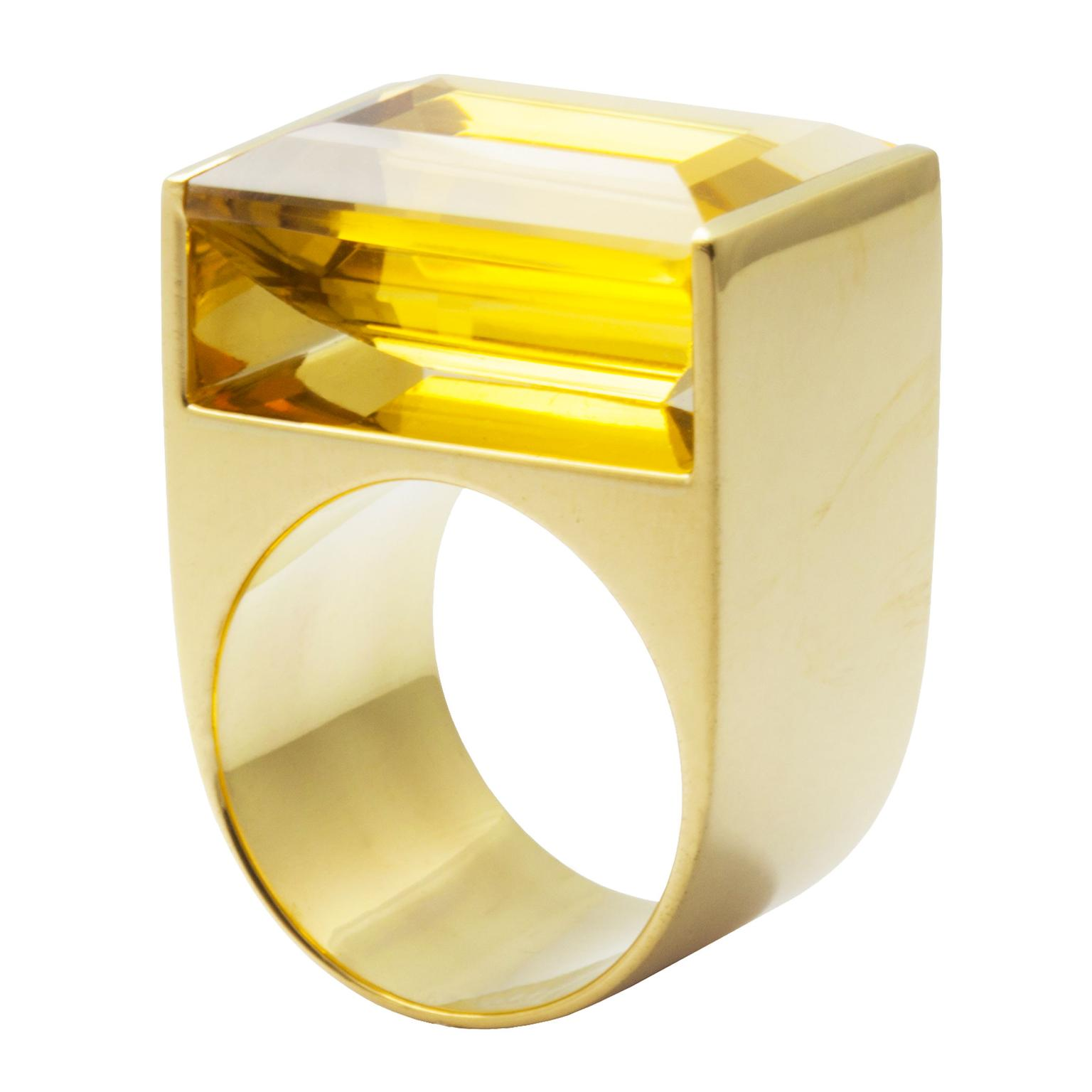 Kattri Quadrant Tall yellow gold and citrine ring_zoom