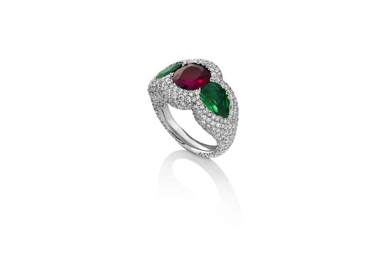 African Rubies _Niquesa Fine Jewellery _Rose Of The Desert Ring 003