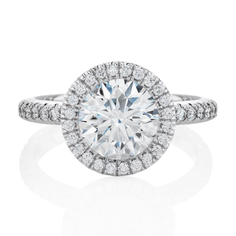 De Beers Aura 2ct diamond ring