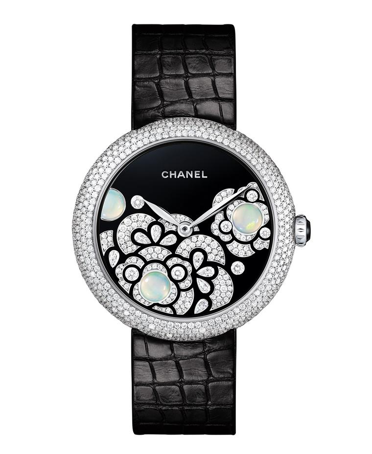 Mademoiselle-Prive-Petales-Camelia-Dial-FB-baselworld