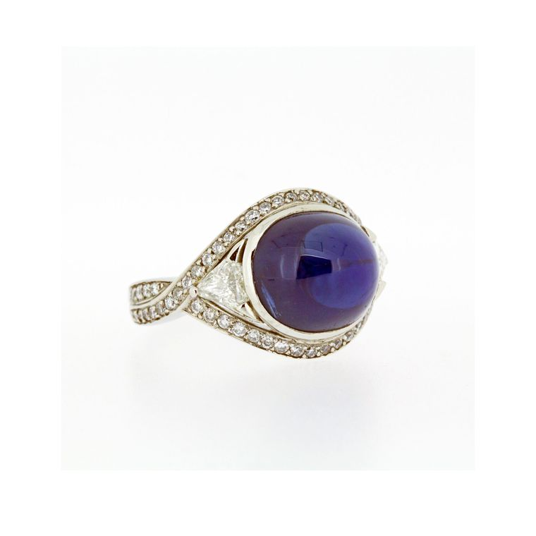Baroque Cabochon Blue Sapphire ring_zoom
