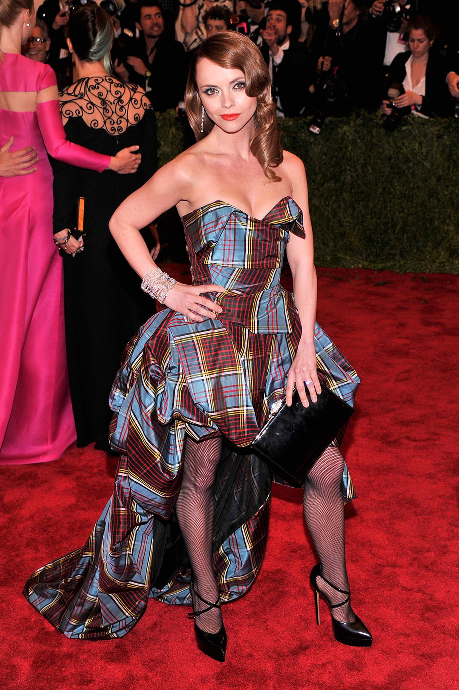 christina-ricci-met-ball-harry-winston