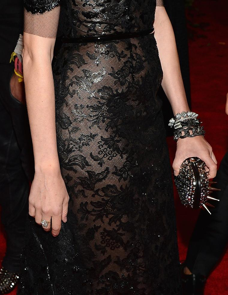 diane-kruger-met-ball-chanel-close-up