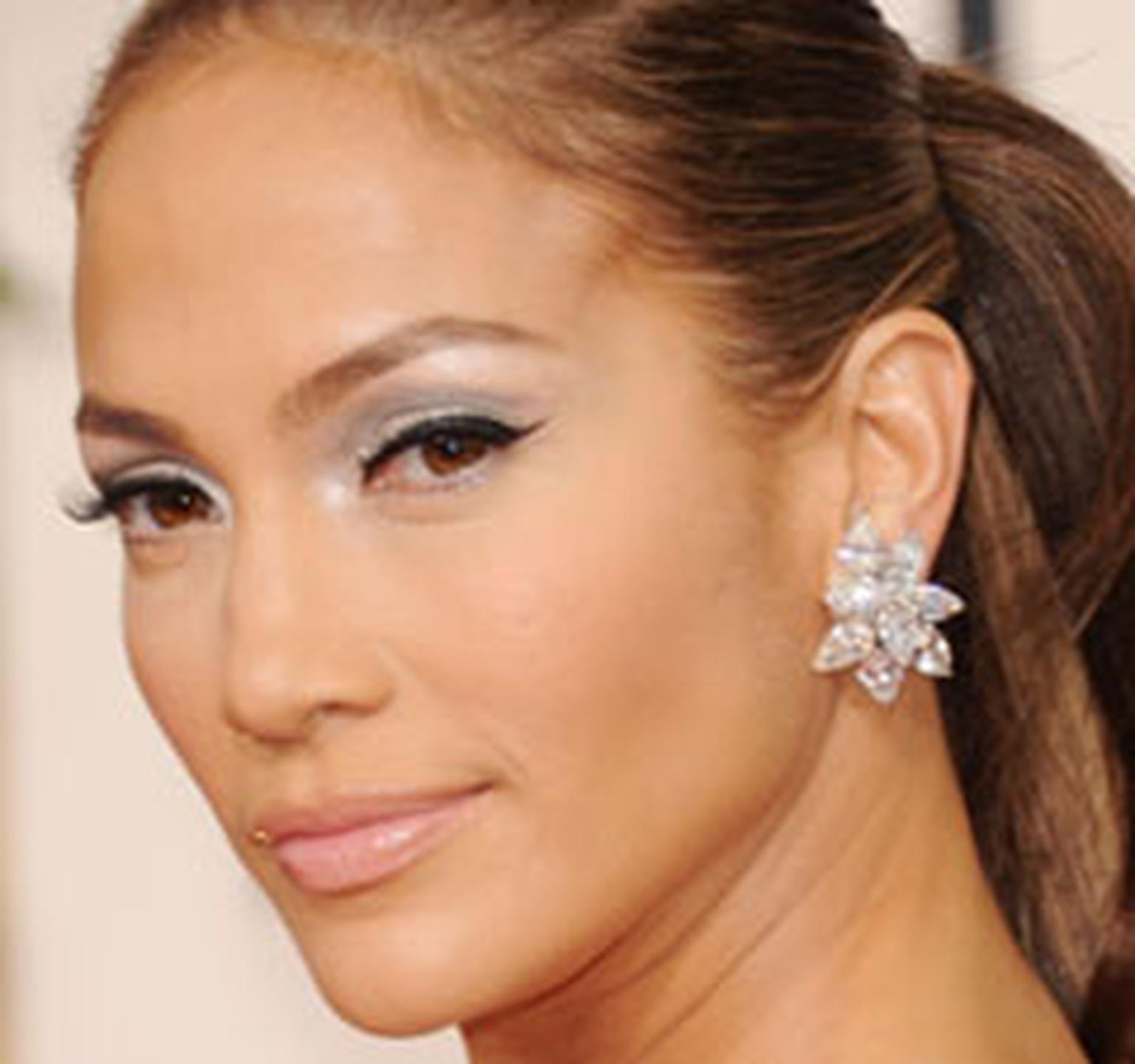 Jennifer Lopez wearing Harry Winsotn HP box 4