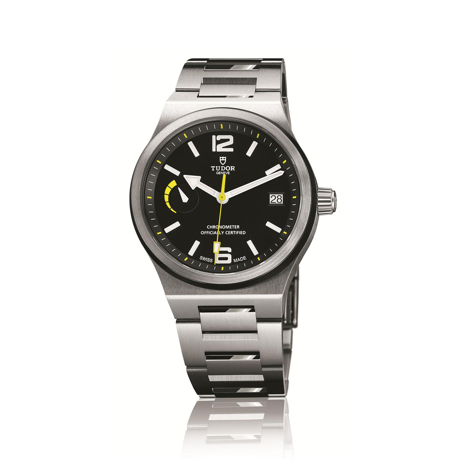 Tudor North Flag mens watch with solid steel bracelet_zoom