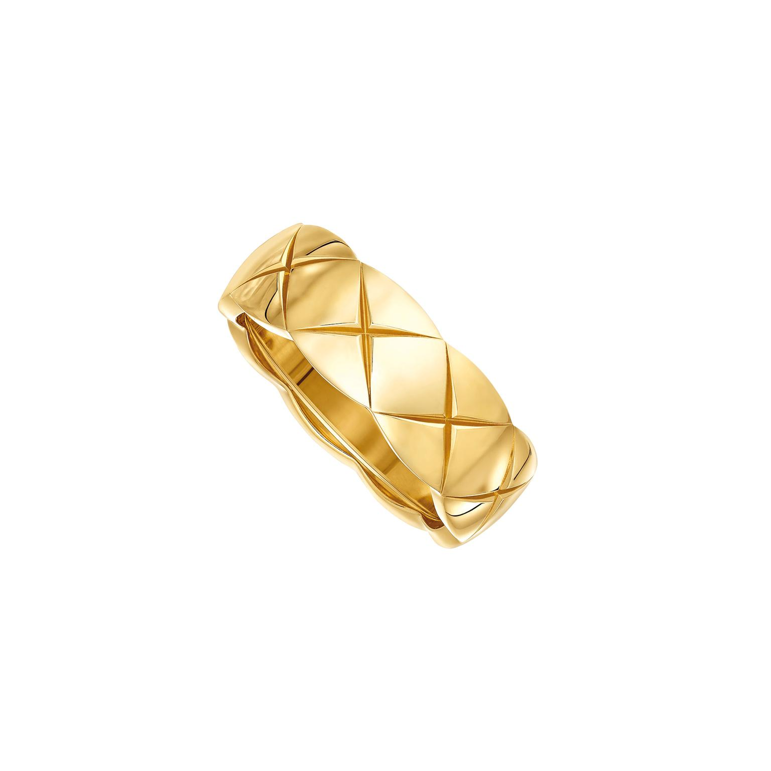Chanel Coco Crush small 18ct yellow gold ring_zoom