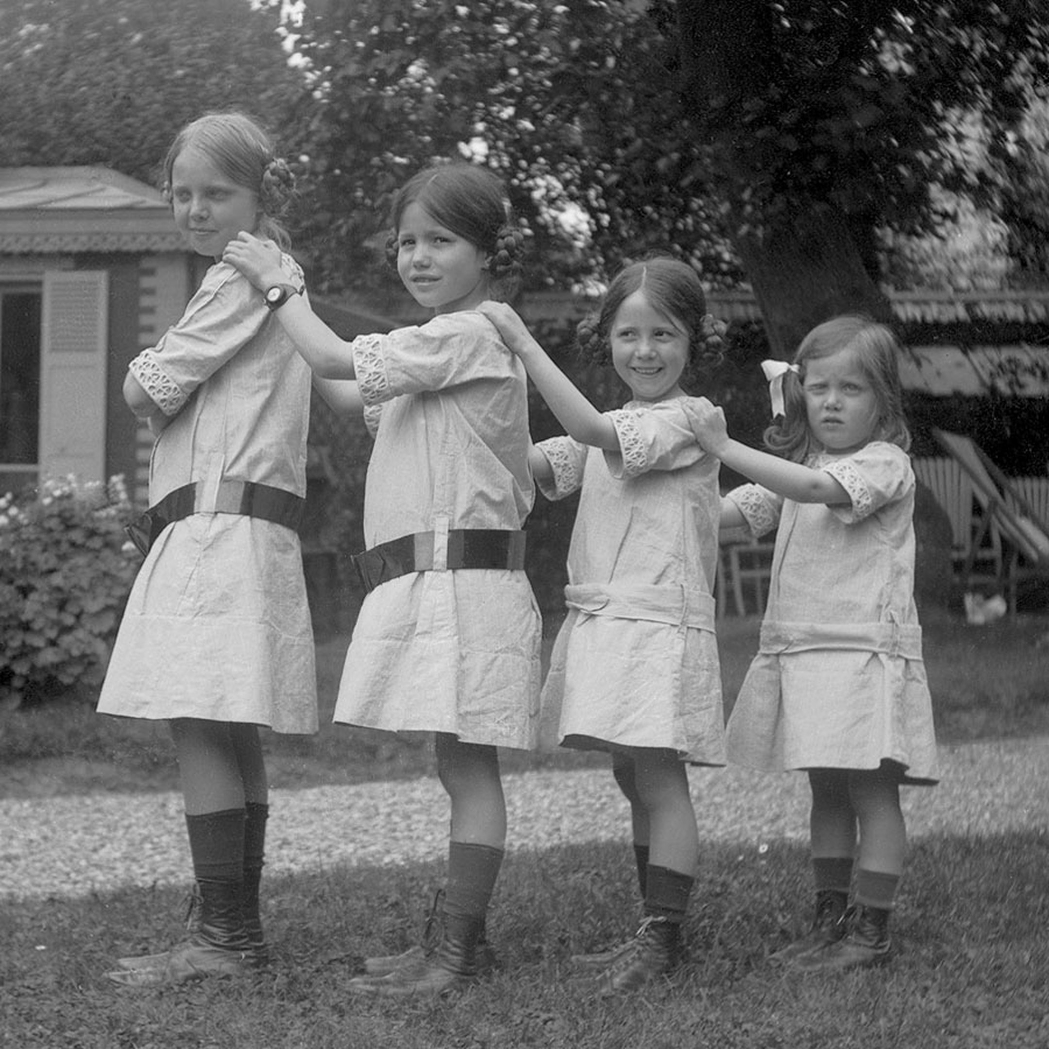 Yvonne, Jacqueline, Simone and Aline Herme`s from left to right, as children in 1912.