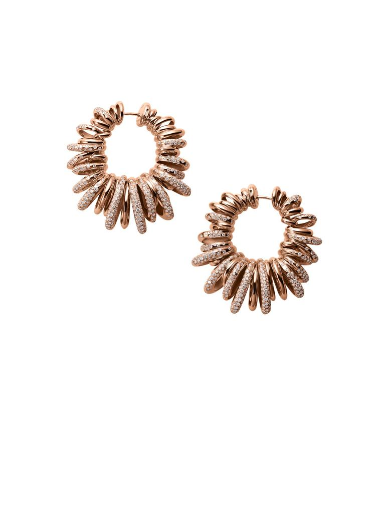 Sun-inspired earrings from de GRISOGONO's 'Sole' collection, this time in rose gold.