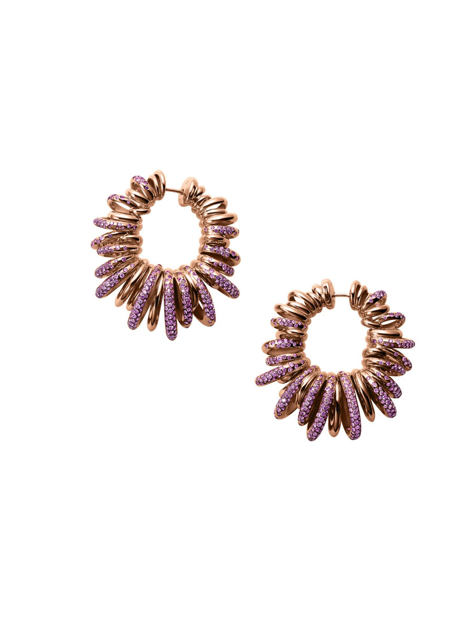 Another pair of earrings from the 'Sole' collection.