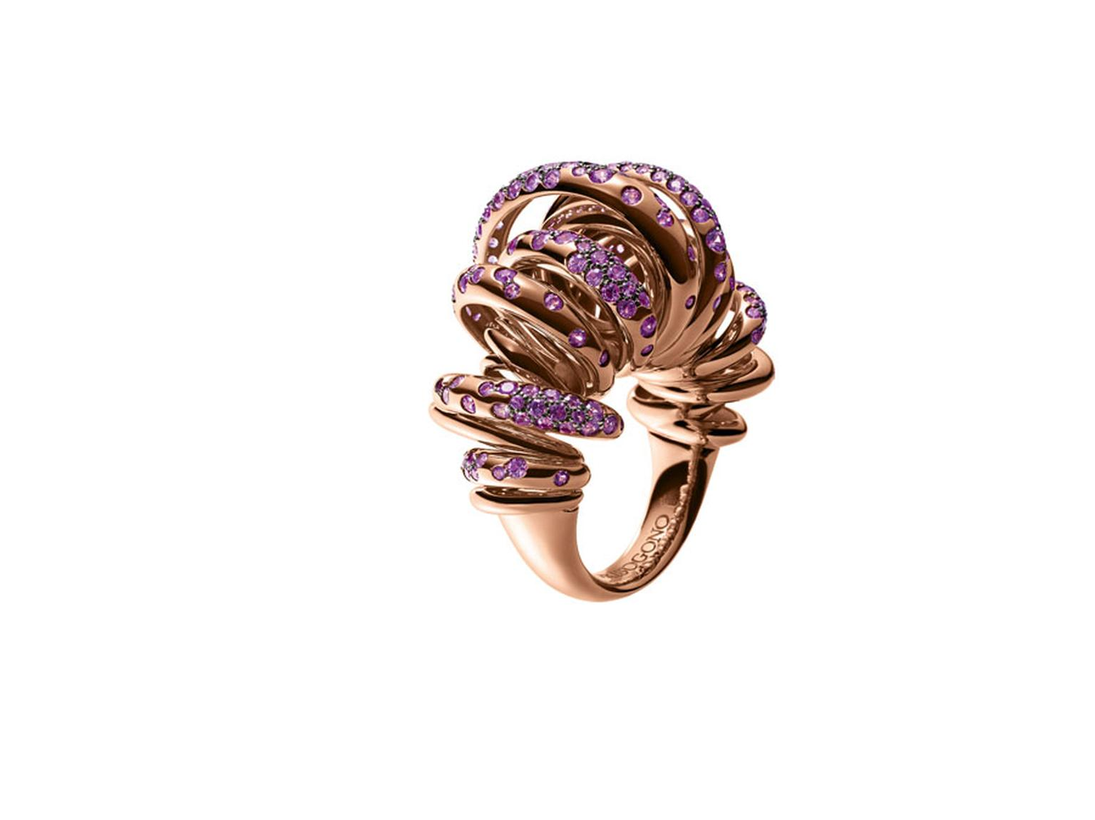 Rose gold, sun-inspired ring from de GRISOGONO's 'Sole' collection.