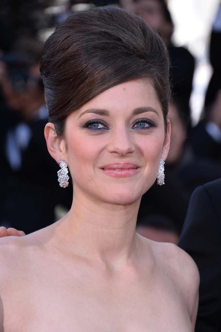 Marion Cotillard first to wear Chopard Green Carpet collection jewels in Cannes