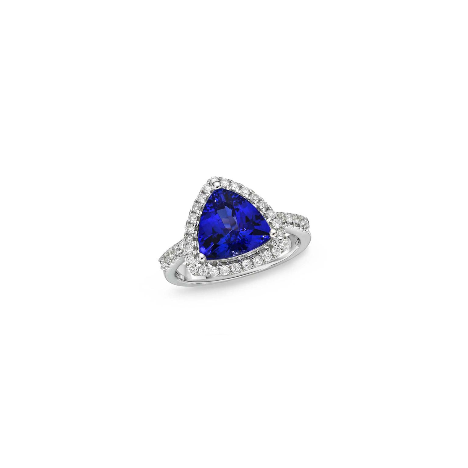 TanzaniteOne trillion tanzanite and diamond ring_zoom