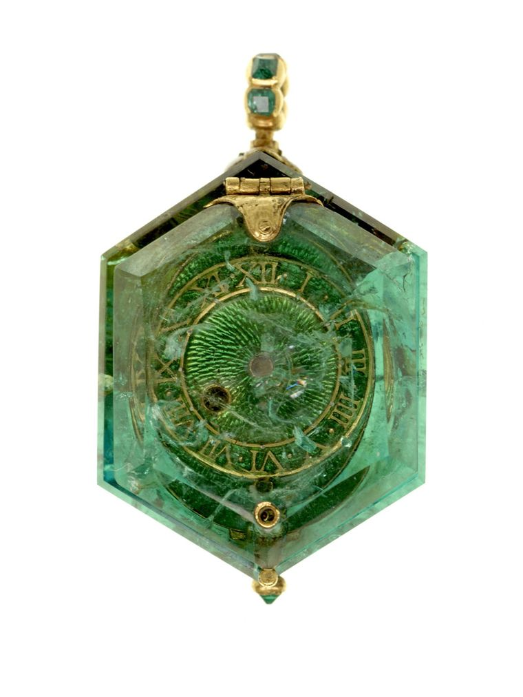 Cheapside Hoard Jewellery To Go On Display At The Museum
