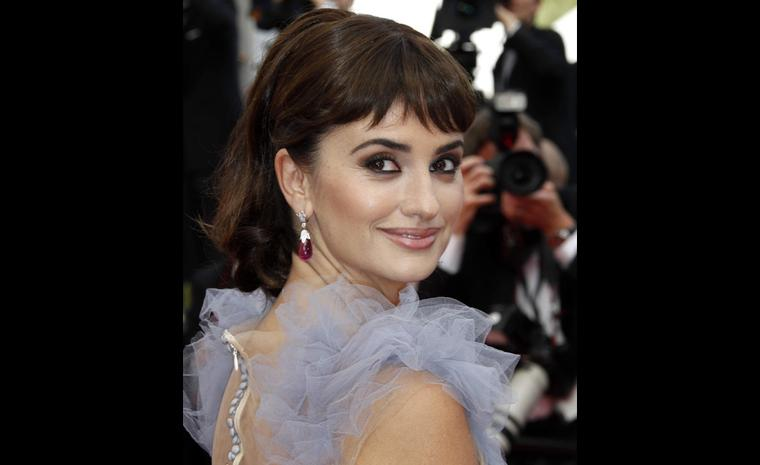 Penelope Cruz, the Spanish actress, starring in 'Pirates of the Caribbean: On Stranger Tides', was wearing a pair of diamond and rubellite drop earrings set in 18ct white gold.