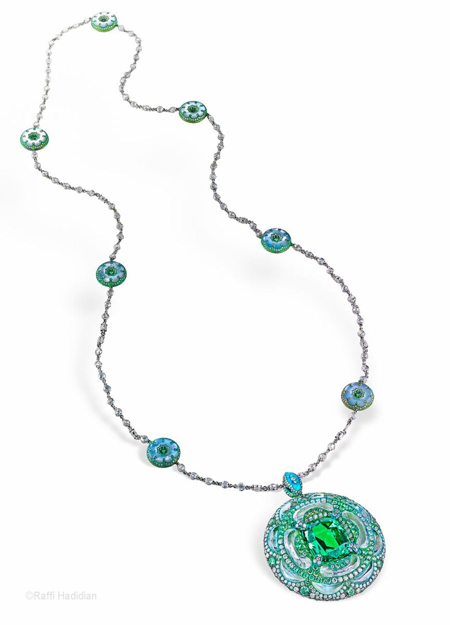 Arunashi took home the top award in the 'Coloured Gemstone Above 20k' category for this emerald pendant at the Couture Design Awards 2013.