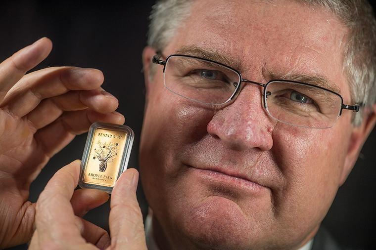 Limited edition ingot celebrates Australia's world famous pink diamond mine
