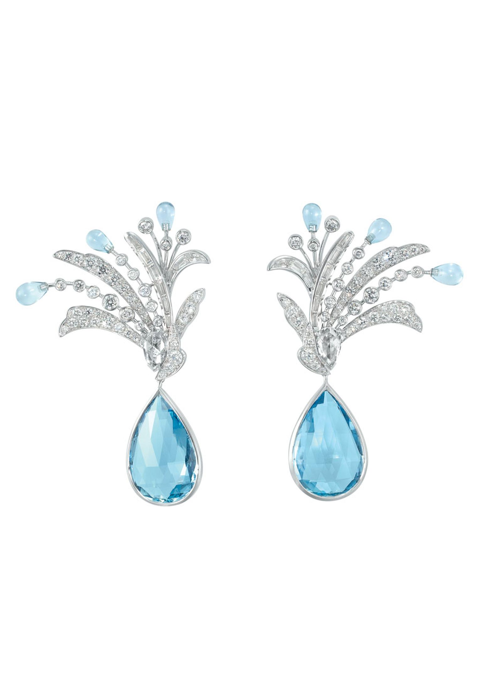 Boucheron Hotel de la Lumière Paon de Lune earrings in white gold, set with aquamarine and white diamonds.