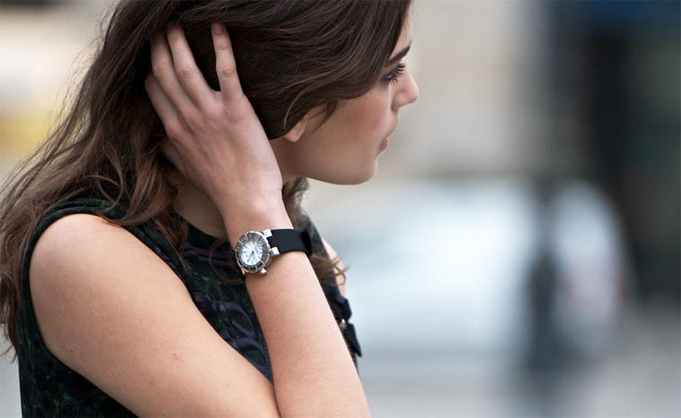 The Class One Chaumet Paris offers three different ways to wear your watch